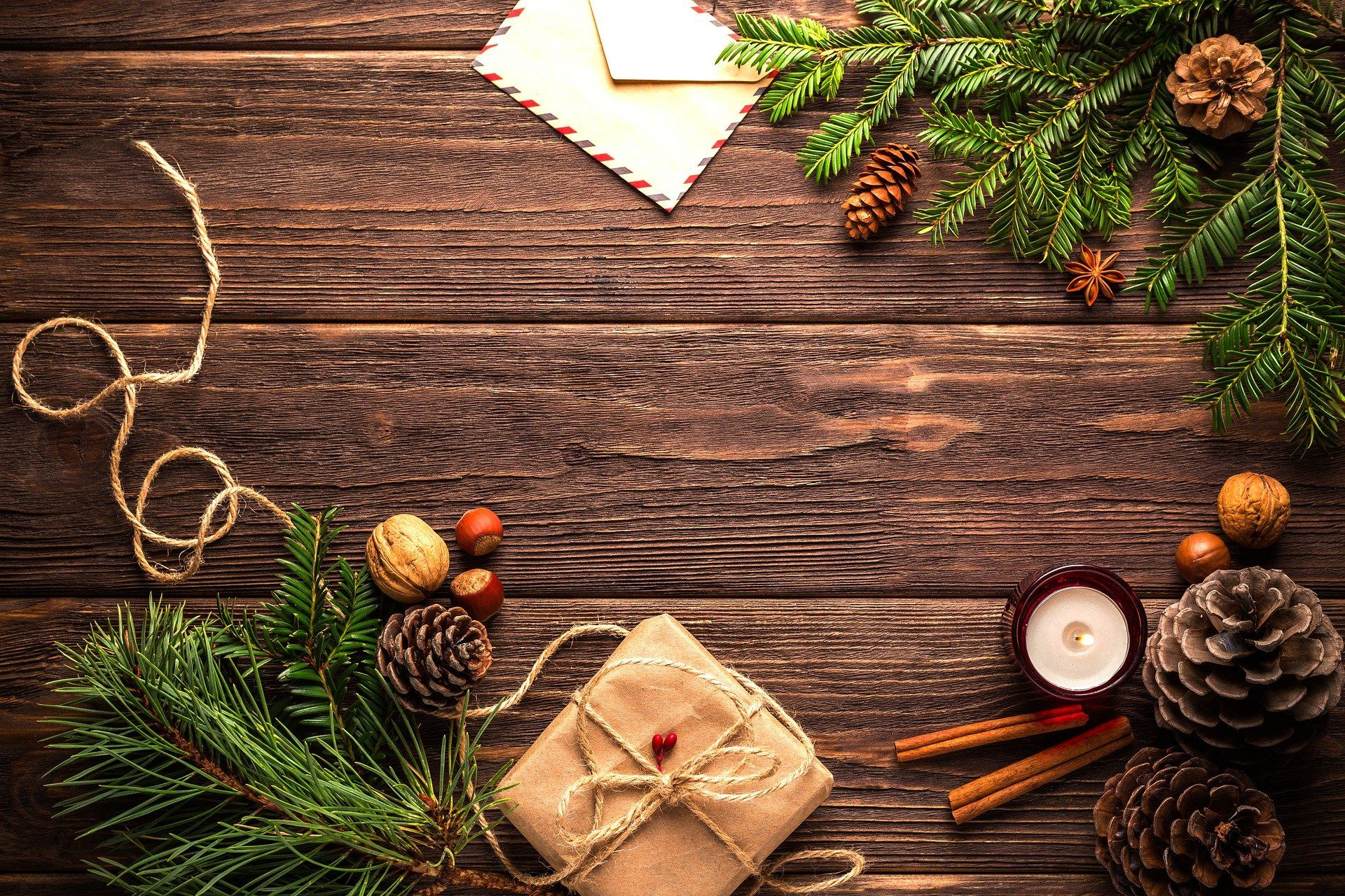 Great Aromatherapy Ideas for the Holidays