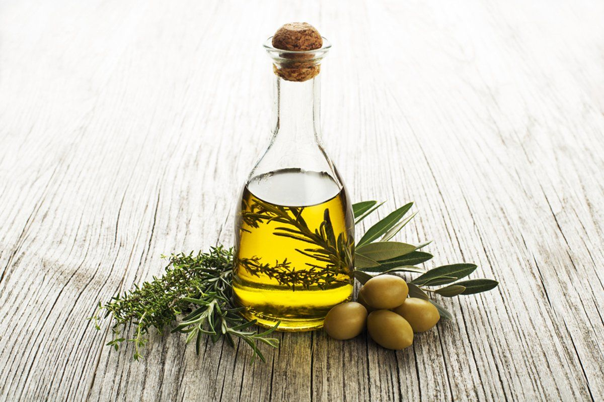 How to use Olive Oil as a Carrier Oil